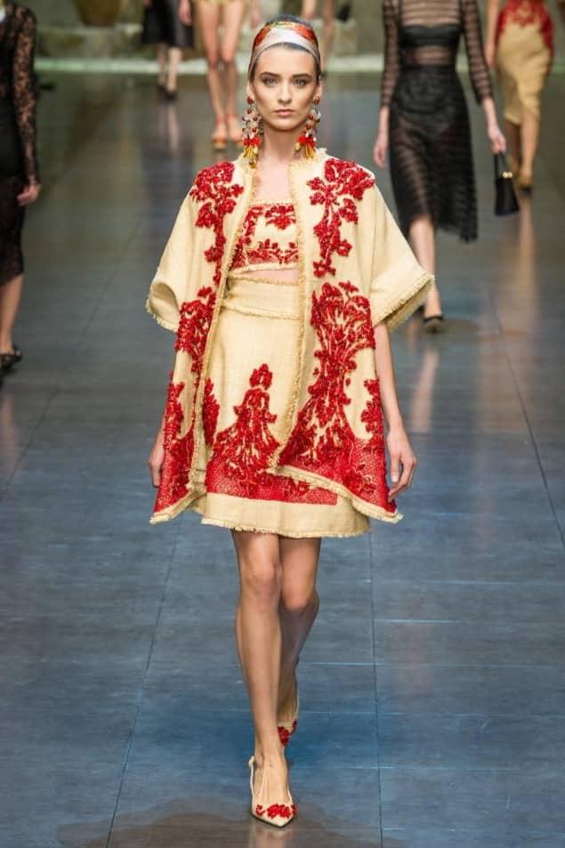 одежда в фольклорном стиле