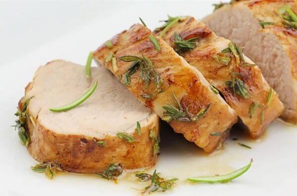 Свинина в духовке в рукаве