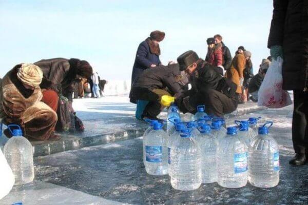 Крещенский сочельник 2022: где набрать крещенскую воду