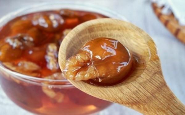 Варенье из черешни на зиму с грецким орехом внутри