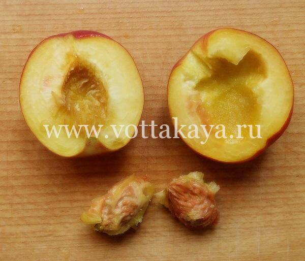 Половинки персиков для варенья