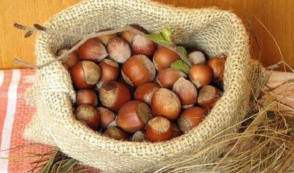 Мешочек с орехами